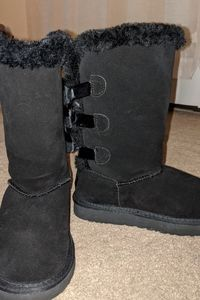 Black UGGs with ribbons